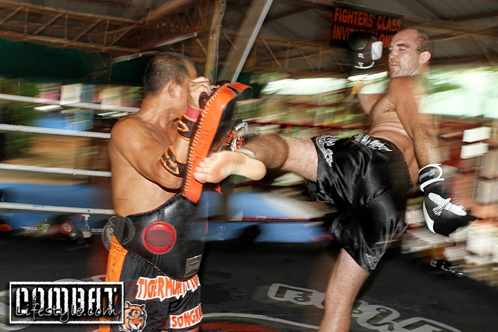 Brian Ebersole Training at Tiger Muay Thai