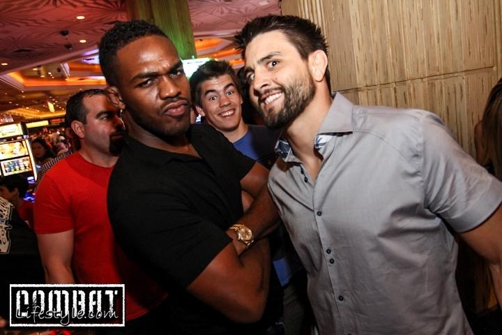 Photobomber Strikes Jon Jones and Carlos Condit After UFC 162