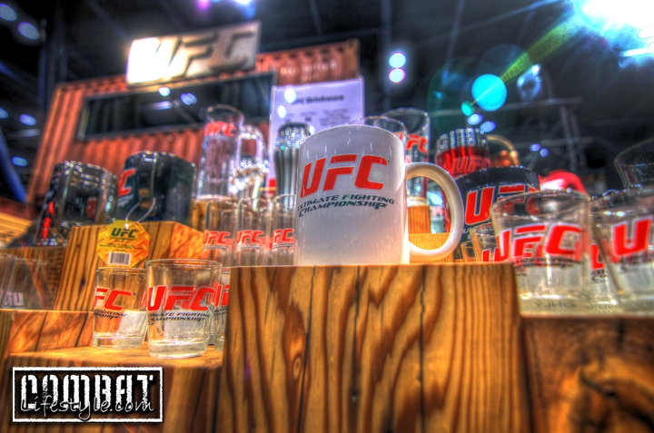 UFC 136: Fan Expo Day 1