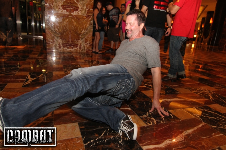 Mike Goldberg Breakdance Battles with Anthony Njokuani